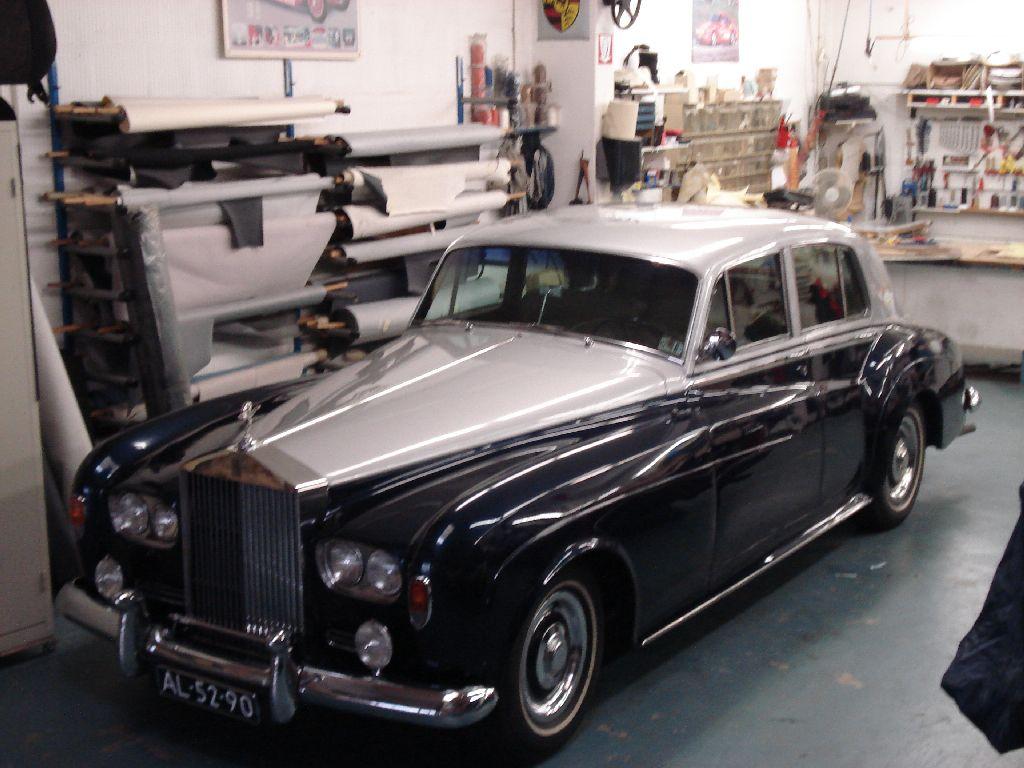 Rolls royce silver cloud nieuw interieur de autobekleder for Interieur rolls royce