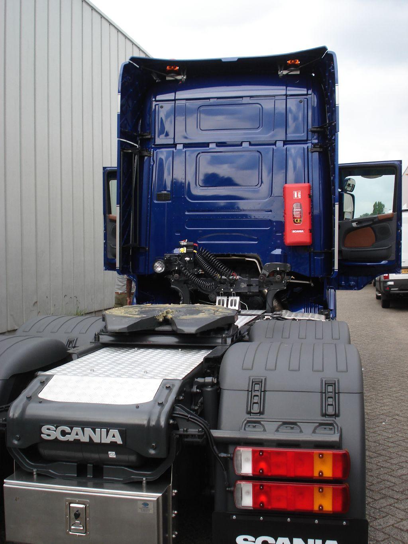 https://www.deautobekleder.nl/wp-content/uploads/2017/04/Scania-truck-interieur-bekleden-08.jpg